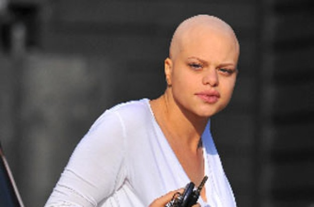 Celebrity gossip, Jade Goody, receiving treatment for cancer