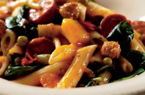 Pasta with spinach and chorizo