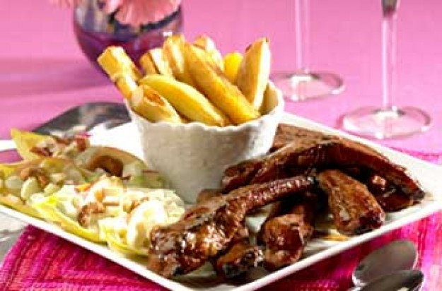 Ribs, fries and salad sharing platter