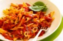 Spicy bacon and sweet pepper pasta