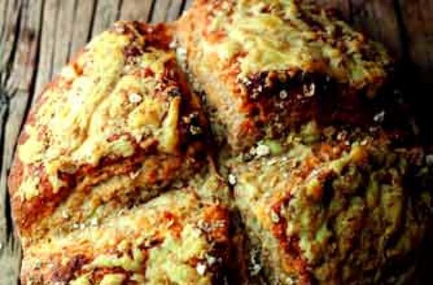 Irish farmhouse cheese and oat soda bread