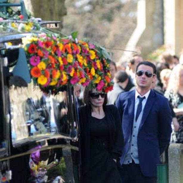 Jade Goody funeral hearse, Jack Tweed and Jackiey Budden, Apr 09