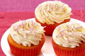 Kids' gluten-free cupcakes