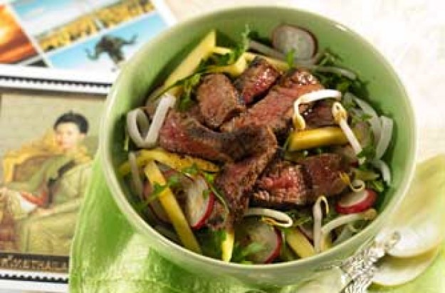 Spiced steak Thai salad with mango and beansprouts