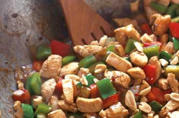 Stir-fried chicken with peanuts and cucumber