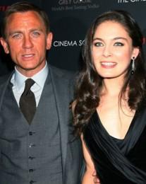Celeb Fake Tan Disasters Daniel Craig Goodtoknow