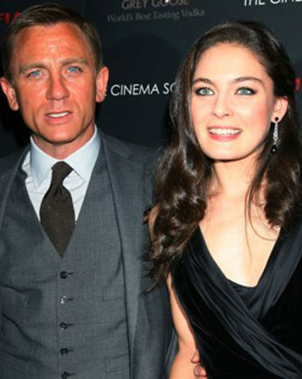 Fake tan - Daniel Craig