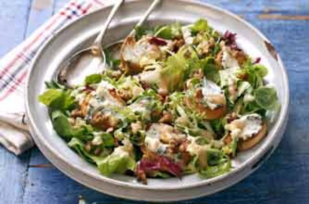 Auvergne blue cheese salad