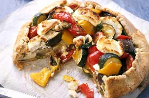 Goat's cheese and vegetable tart
