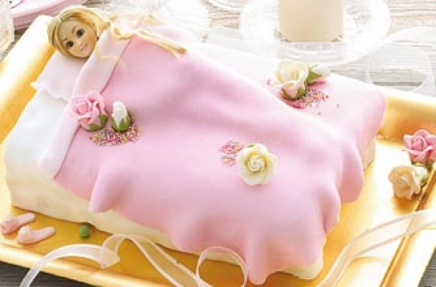 Princess and pea Annabel Karmel cake