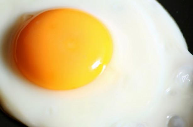 How to perfectly fry an egg