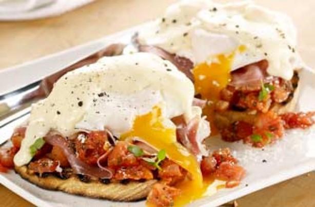 Italian eggs Benedict recipe