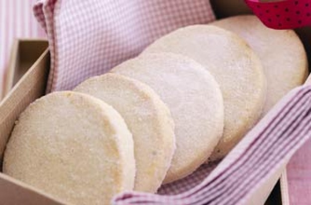 Phil Vickery's cardamon shortbreads