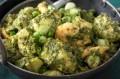 Aromatic green chicken curry