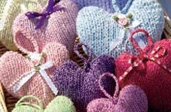 Valentine's Day craft knitting pattern
