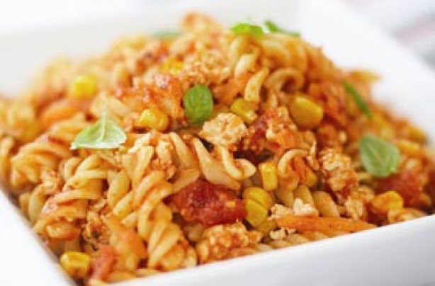 Spicy chicken and sweetcorn Bolognese