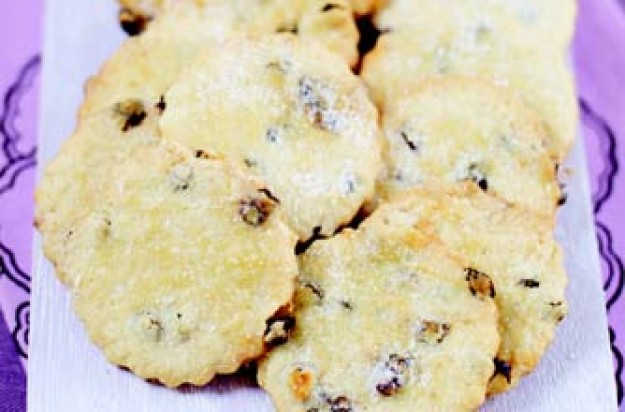 Rachel Allen's squashed fly biscuits recipe - goodtoknow