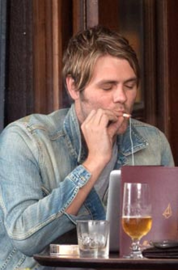 Celebrities smoking - Brian McFadden