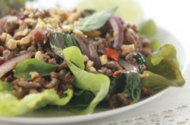 Thai minced beef salad