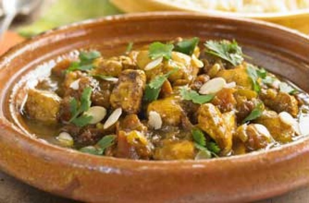 Chicken with almonds and apricots recipe - goodtoknow