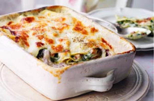Essentials magazine extra cheesy leek and bacon lasagne recipe