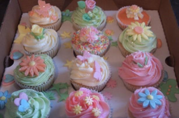 Karen Fraser's vanilla cupcakes recipe