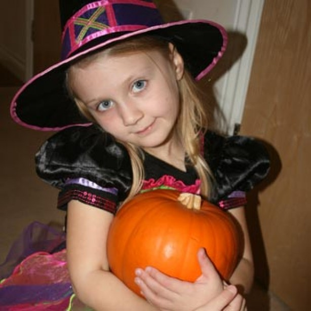 Your fancy dress pictures: Charlotte