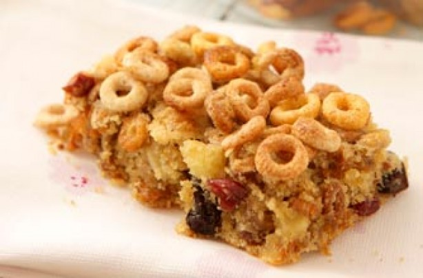 Apple and berry Cheerios bar recipe