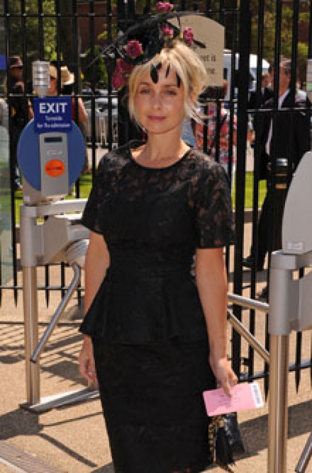 Royal Ascot: How to wear a hat guide: Louise Redknapp