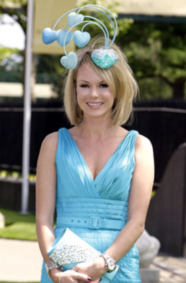 Royal Ascot: How to wear a hat guide: Amanda Holden