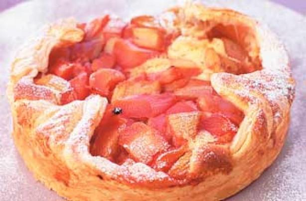 Rhubarb bakewell