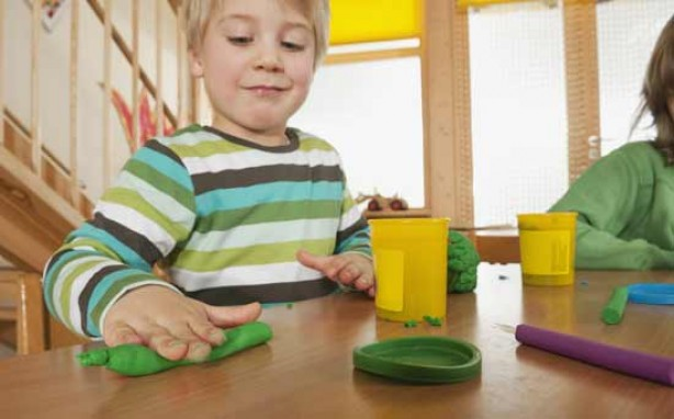 Money saving tips for mums: Make your own playdough