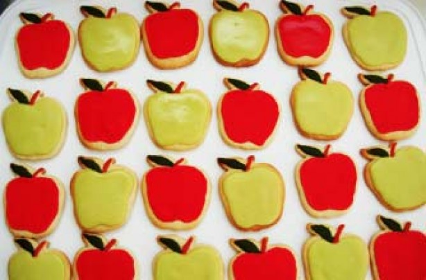 Apple-shaped cookies recipe
