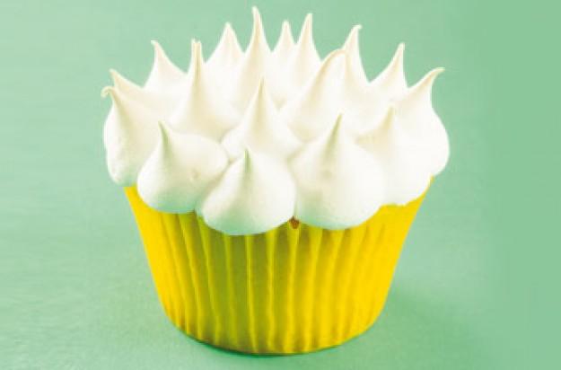 Meringue cupcake