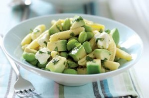 Pasta, avodado and minty beans salad