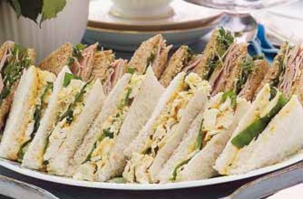 Coronation-style chicken sandwich recipe