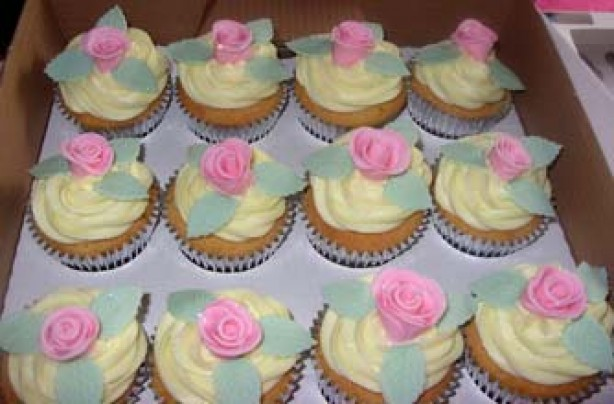 Amanda Burgoyne's rose petal cupcake recipe