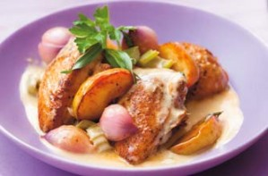 This chicken casserole is cooked with eating apples and cider. It is delicious and suitable for the whole family. The chicken can be frozen for up to 1 month.