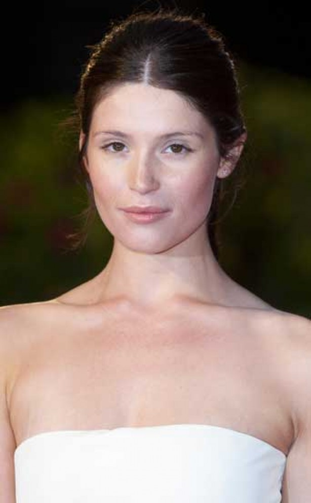 Gemma Arterton, make-up, no make-up,