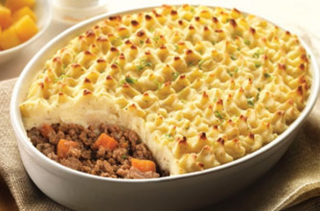 Cottage pie with cheesy mash