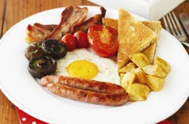 Alex James' full English breakfast recipe - goodtoknow