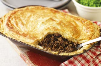 Tom Aikens' minced beef and onion pie with Guinness recipe ...