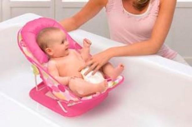 Deluxe baby bather