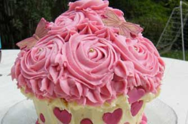 Sadie McCluskey's rose birthday cake recipe