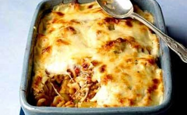 RATED Cheesy spiral pasta bake