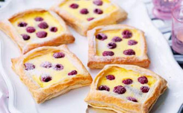 Raspberry and custard tarts