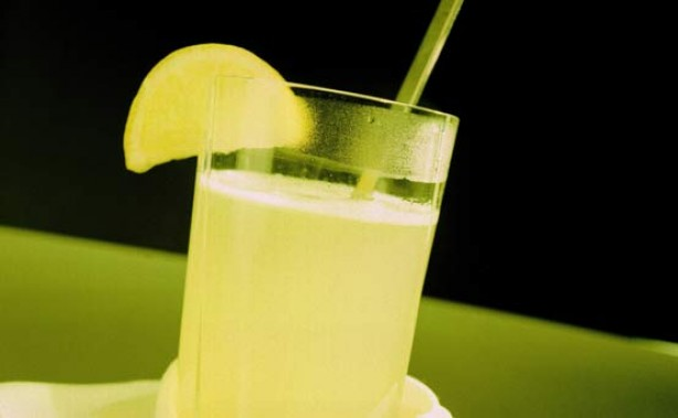 Natural remedies for coughs and colds: Lemon barley water