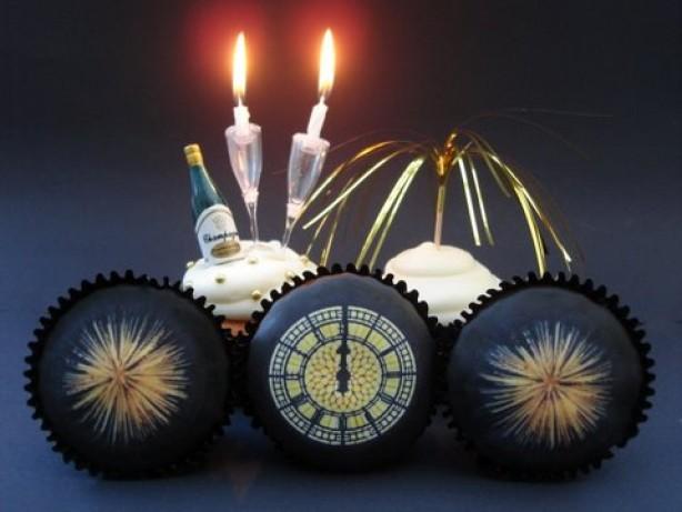 Victoria Threader's New Year cupcakes