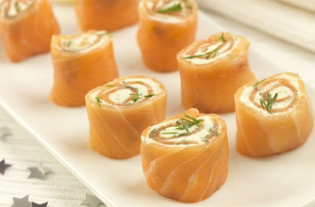 Smoked salmon cheese wheels