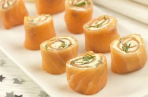 Smoked salmon cheese wheels